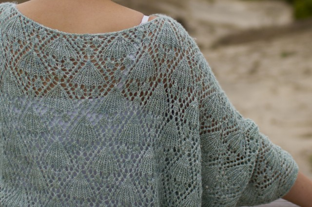 lace batwing top detail