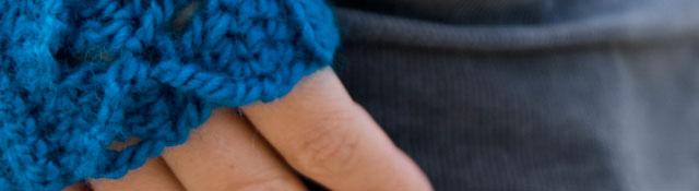 fingerless mitts!